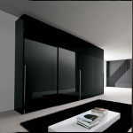 Black-Gloss-Wardrobe[1]