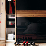 bedroom-black-wardrobe-with-sliding-doors[1]